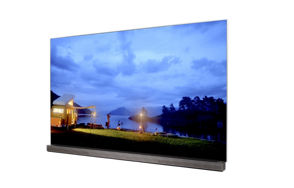 LG OLED TV with HDR_2.jpg